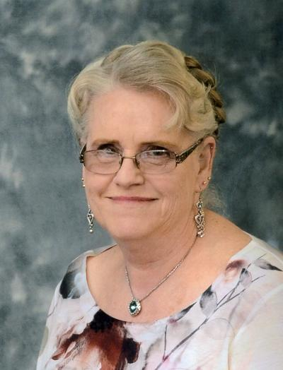 JANET SUZANNE KNIESTEADT HOLLE