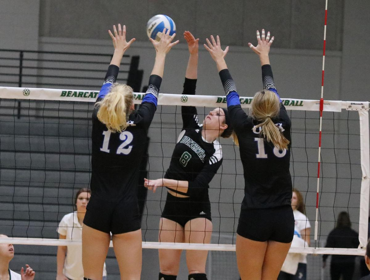 Northwest Volleyball Takes It To Five Sets In Loss To UNK