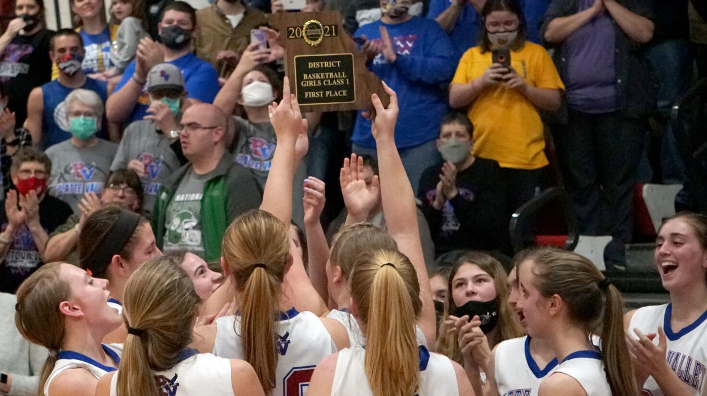 Platte Valley locks up Knights to win district