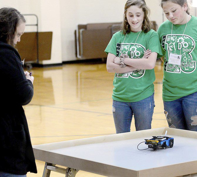 Students code at MPS rover challenge