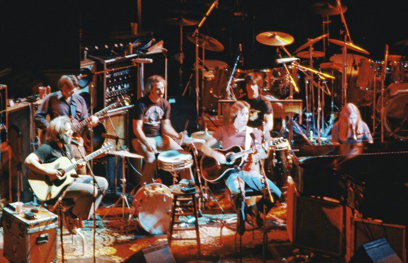 RAMBLIN' ROUND: Grateful Dead's music keeps on truckin'