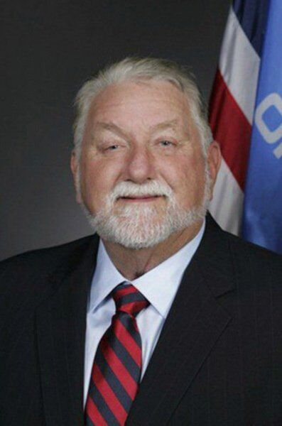 Larry Boggs (R)