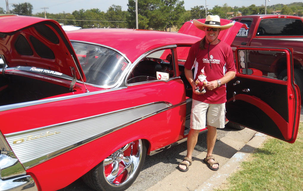 Cars Music Hot Dogs Entertain McAlester Crowd Local News - Thomas chevrolet car show