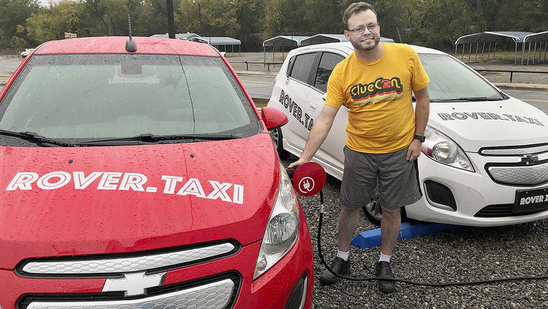 Rover amps up electric taxi service