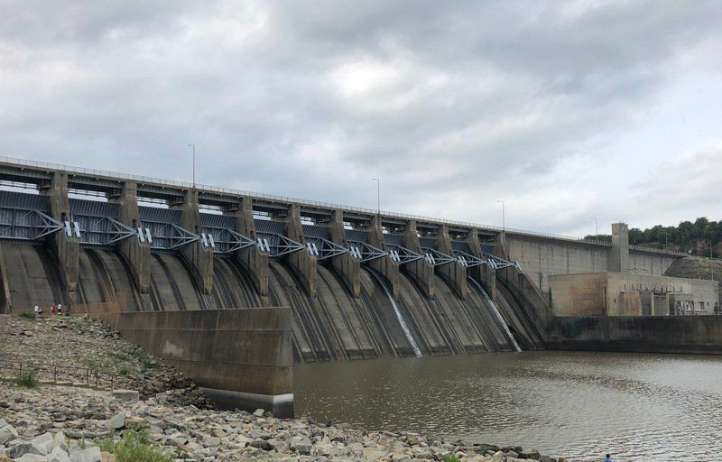 Lake Eufaula Dam 'holding strong'