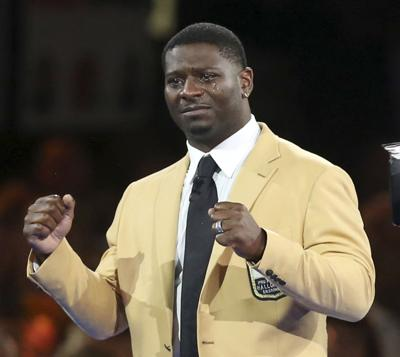 Members of football Hall of Fame champion their causes
