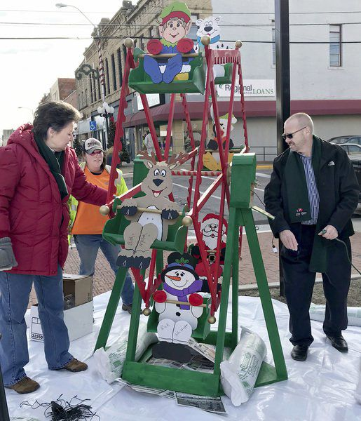 City employees turn downtown into winter wonderland