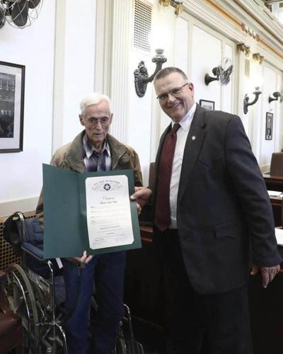 Grego honors Veteran of the Week