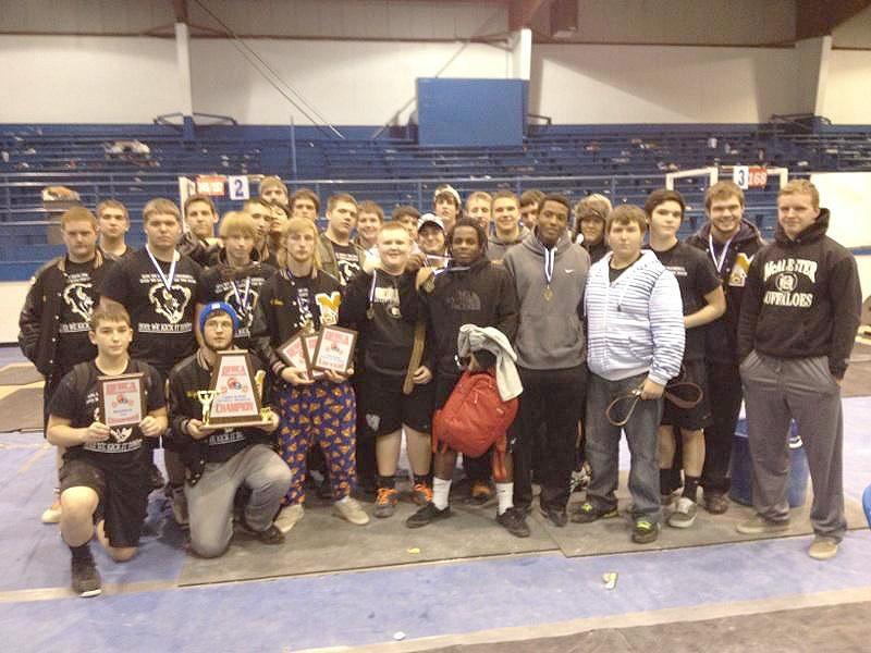 McAlester Buffalo powerlifting team