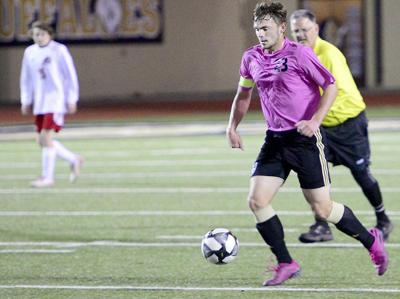 BOYS SOCCER: Four Buffs named to OSCA All-State team, six more earn postseason honors