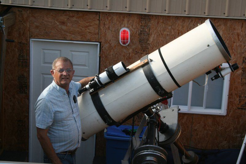 Local astronomer says he's detected new planet