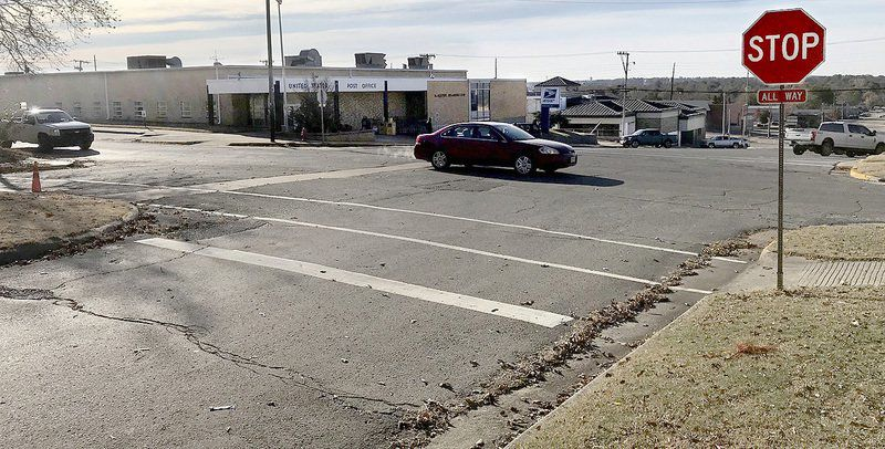 Plans proceed for Washington Ave. traffic roundabout project