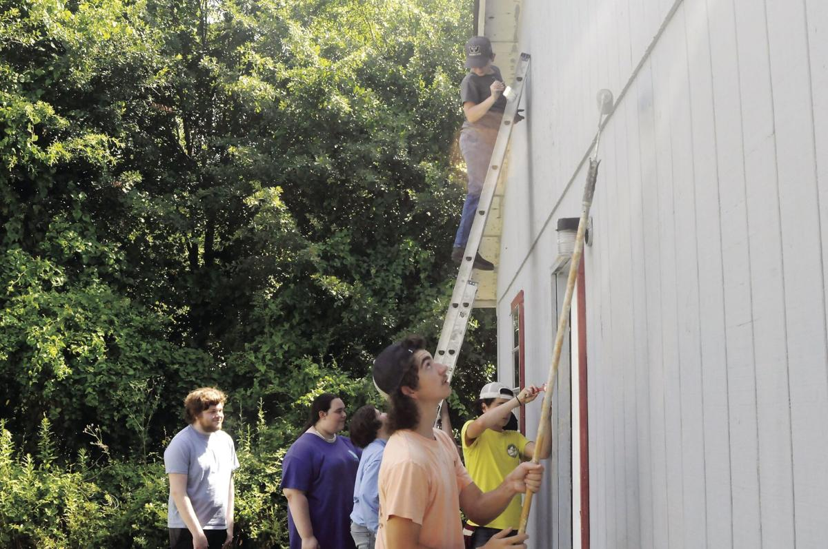 Mission McDuffie gets to work helping others in area