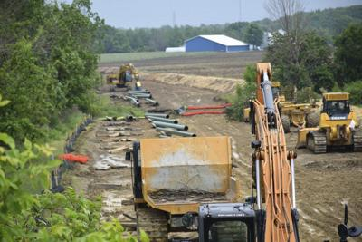 Meadville-to-North Kingsville pipeline construction moves