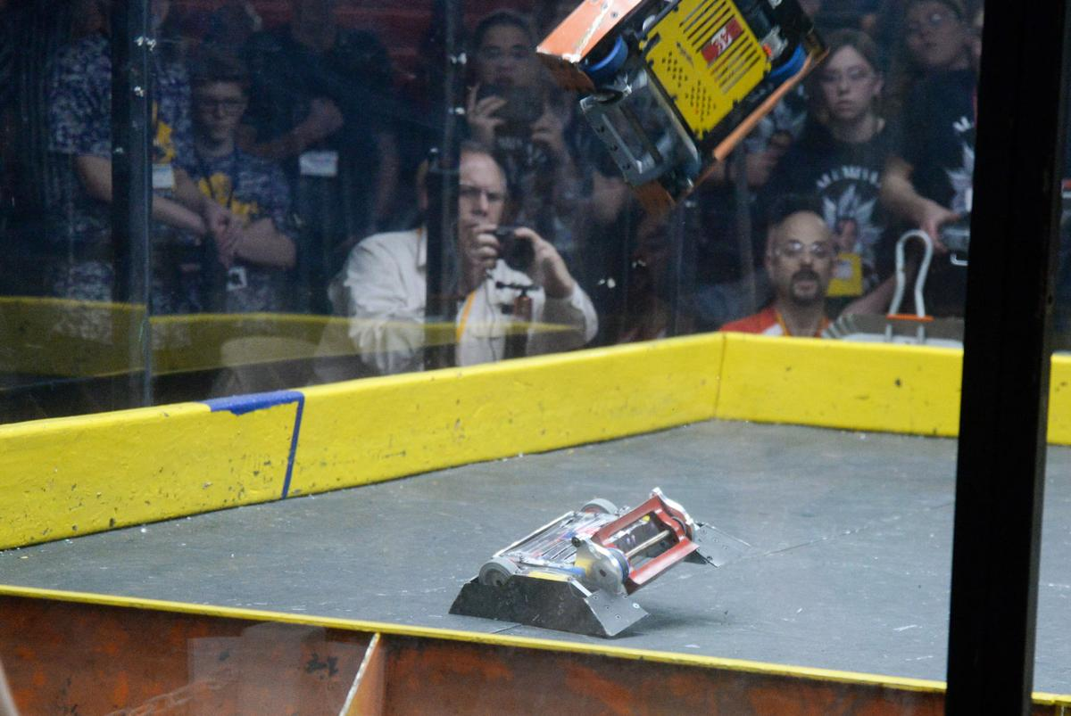 SLIDESHOW: 2019 RoboBOTS Competition   Gallery