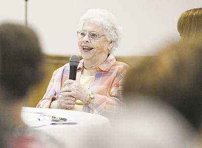 Mr Rogers Widow Visits Meadville For Won T You Be My Neighbor Event News Meadvilletribune Com