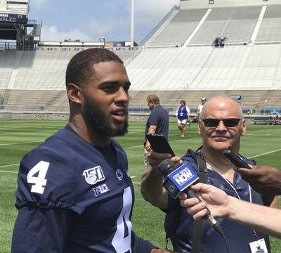 COLLEGE FOOTBALL: Franklin looks to veterans to provide winning example