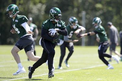 NFL: Trash-talking Bell feels 'so good' in Jets practice debut