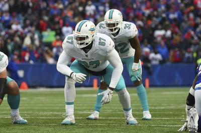 NFL: Flores says it again: Dolphins aren't tanking in 2019