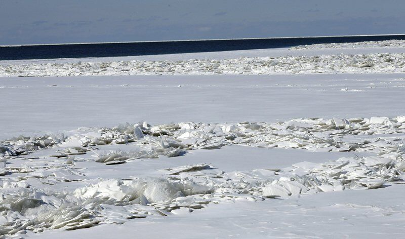 Cold snap freezes 80 percent of Lake Erie