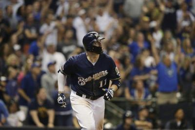 MLB: Moustakas and Yelich homer as Brewers sweep