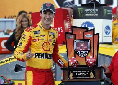 NASCAR: Logano edges Truex, Kurt Busch in overtime