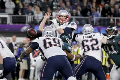 10c0465ee2e Graham's strip-sack key in Eagles' Super Bowl win | National Sports ...