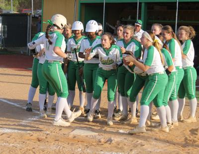 Eastern takes down White Oak 10-1 in opening round of softball playoffs