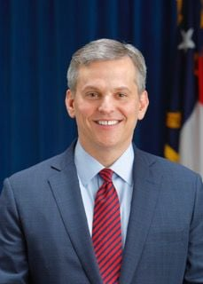 AG warns of holiday shopping scams