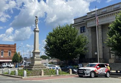Alamance County leaders at odds over Confederate monument