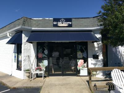 """New store holds """"Sip and Shop"""" opening in downtown Mebane"""