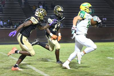 Eastern holds off Williams for important Central Conference triumph