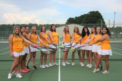 EAHS tennis continues undefeated march, preparing for Bulldogs