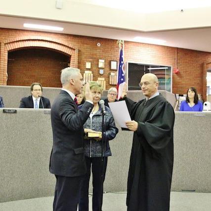 Medina City Mayor Sworn in for Third Term