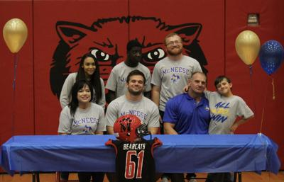 Barnes signs with McNeese State