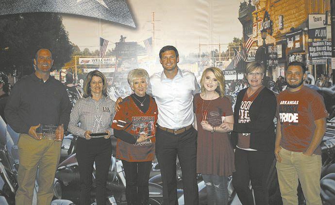 Local leaders, businesses given community awards | News | menastar com