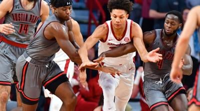 Arkansas Basketball goes to 8-0