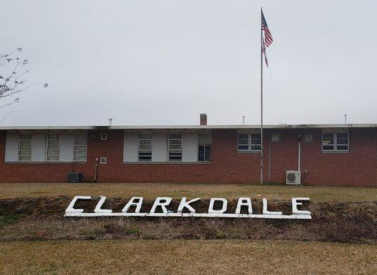 More than 160 out with flu-like symptoms at Clarkdale schools