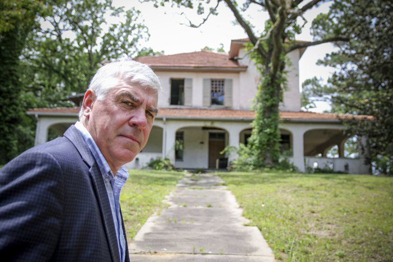 Group plans to restore historic homes on Poplar Springs Drive in Meridian