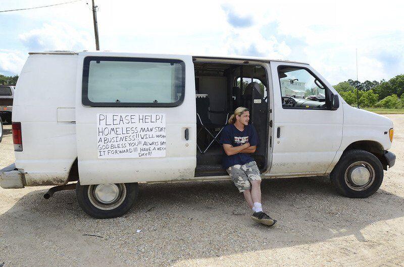 Jobless Mississippians fear what's next as $300 unemployment checks end