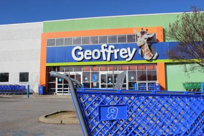 31446987a06e4 Toys R Us to close Geoffrey s store in Meridian
