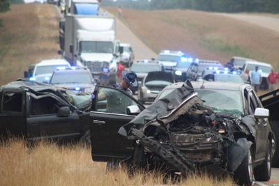 3 people killed in Kemper County wreck