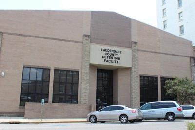 Federal judge hears complaints of 2 Lauderdale County
