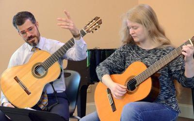 A master guitar lesson at MCC