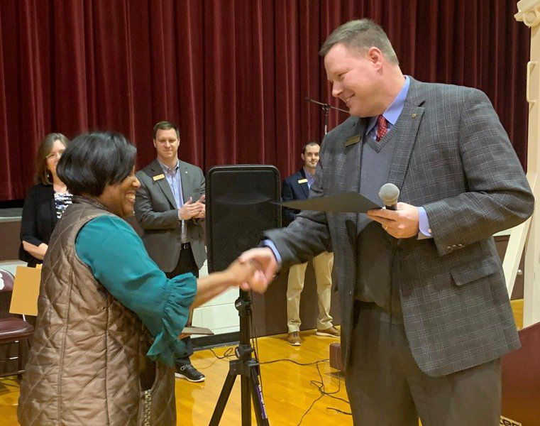 GOLDEN APPLE AWARD: Clarkdale Elementary's Gwen Rockette blooms where she's planted