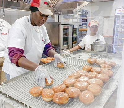 Opening day sweet for Shipley Do-Nuts in Meridian