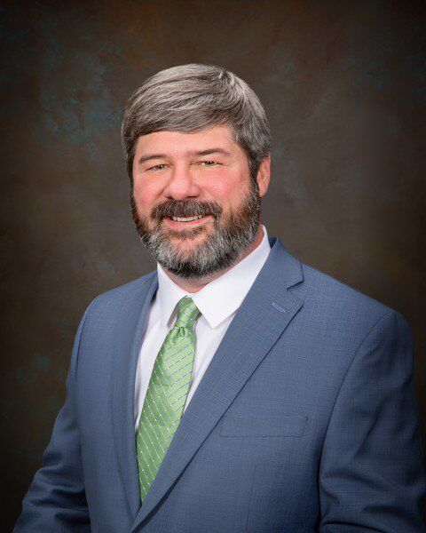 Pratt, Eddins promoted at Community Bank