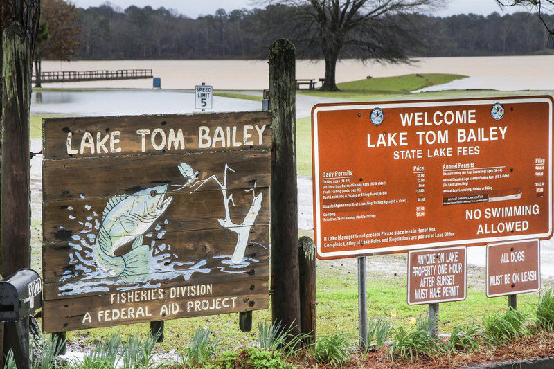 Lauderdale County solar farm taints Lake Tom Bailey, streams State finds permit violations; contractor works to resolve issues