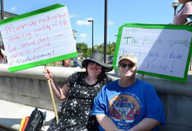 Medical marijuana protesters call on Mississippi politicians to 'stop the steal'