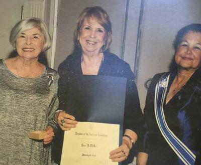McKee receives DAR history recognition